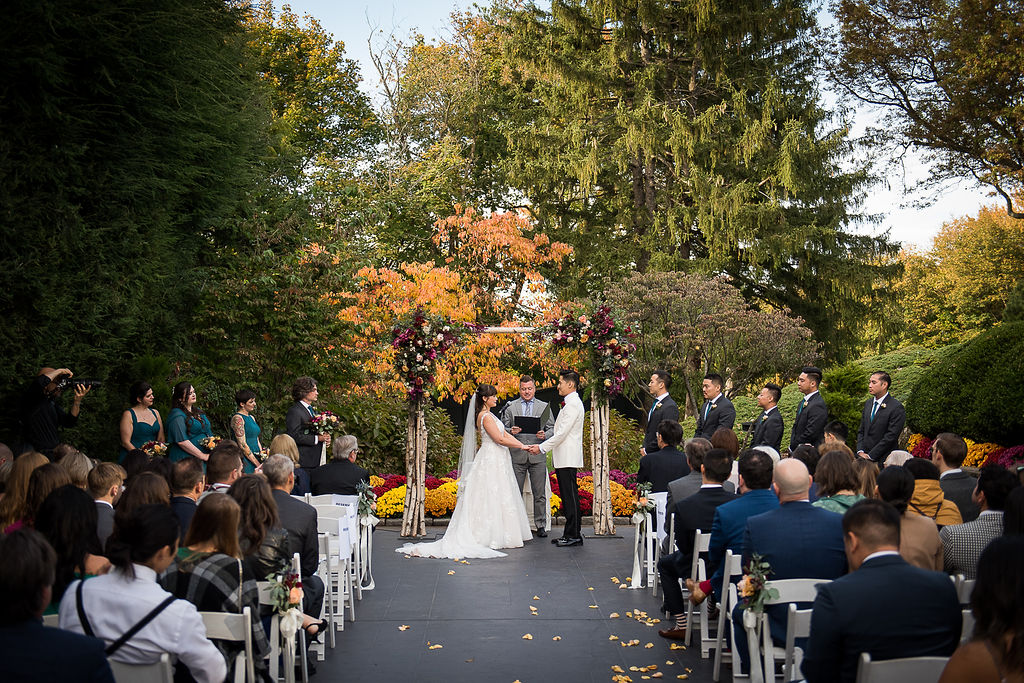 wedding ceremony in the hudson room